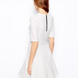 Bílé šaty Warehouse (náhled)