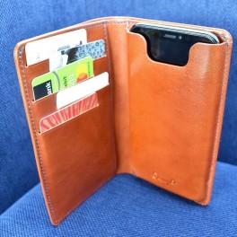 Peněženka a pouzdro na iPhone (náhled)