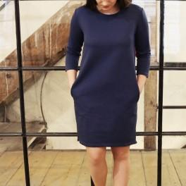 Jednoduché modré šaty (náhled)