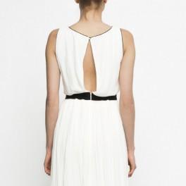 Bílé šaty (náhled)