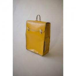 Žlutá aktovka (náhled)