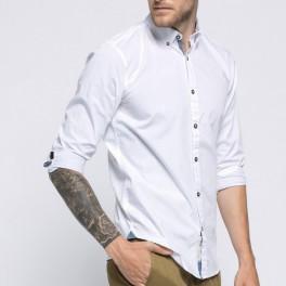 Bílá košile (náhled)