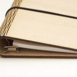 Dřevěný diář (náhled)