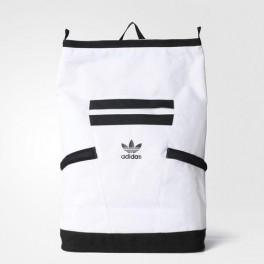 Futuristický batoh (náhled)