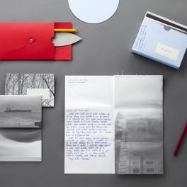 Fotoobálka a papír (náhled)